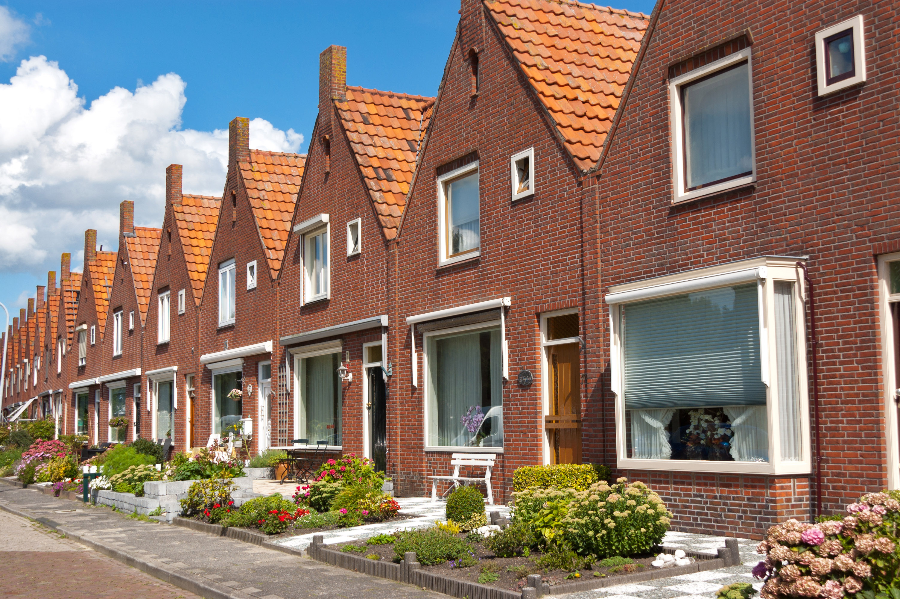 row_of_houses_photo_graphic